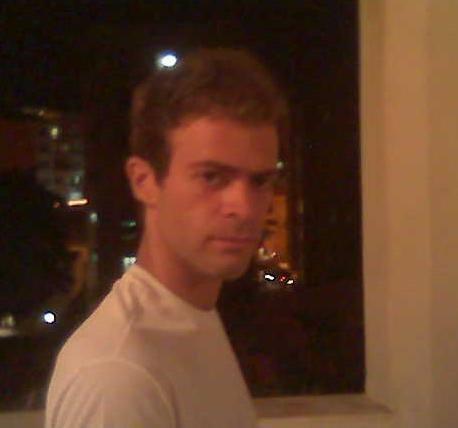 Leonardo Vinícius, 31, Salvador, Brazil