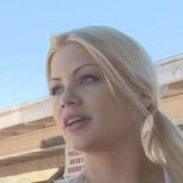 Julia Muro, 31, Lombard, United States