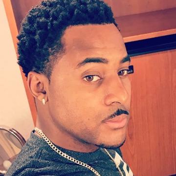 Emmanuel Flowers, 33, Tampa, United States