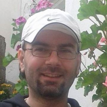 Yalçın Boyacı, 37, Izmir, Turkey