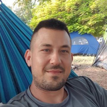 Alex Akerman, 34, Ashdod, Israel