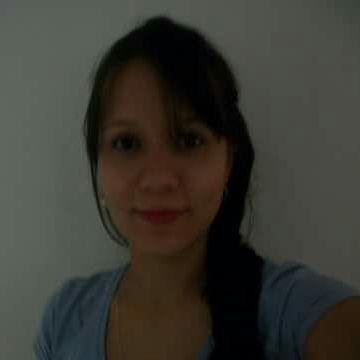 Andrea, 35, Medellin, Colombia