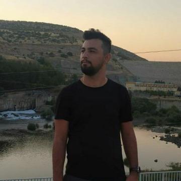 Eyüp Ekici, 27, Batman, Turkey