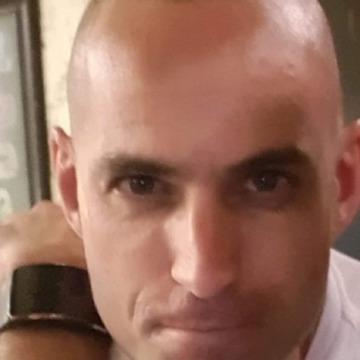 Lior Grenbreg, 20, Tel Aviv, Israel