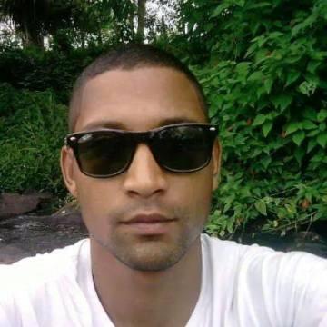 Johnson Alves Dos Santos, 37, Guarulhos, Brazil