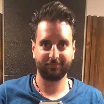 Ahmad Palmito, 30, Beyrouth, Lebanon