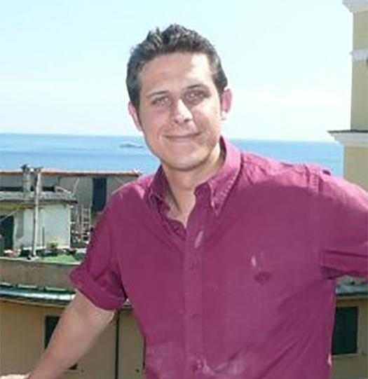 Sbrillo, 40, Genoa, Italy