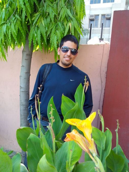 dinesh, 38, Ghaziabad, India