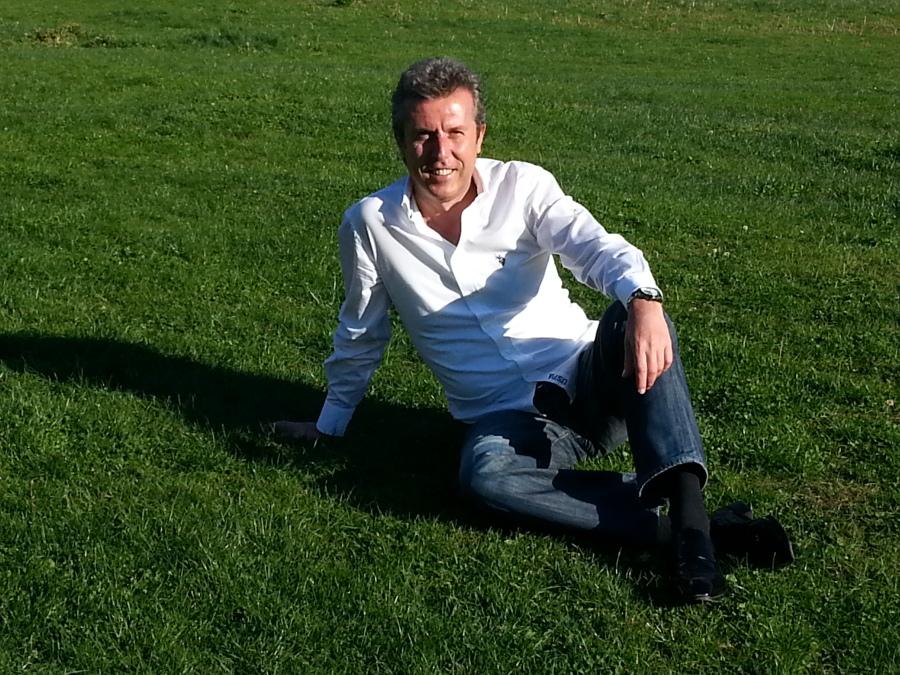 Gece, 44, Istanbul, Turkey