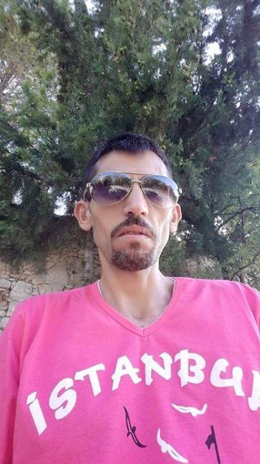 Fatih Özçelmik, 41, Istanbul, Turkey