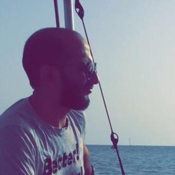 Yasser, 35, Jeddah, Saudi Arabia