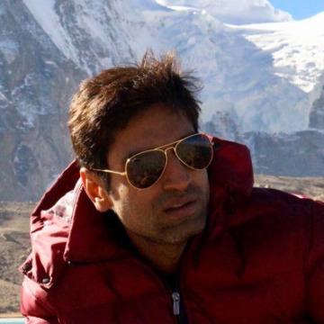Rahul Ganatra, 35, Jamnagar, India