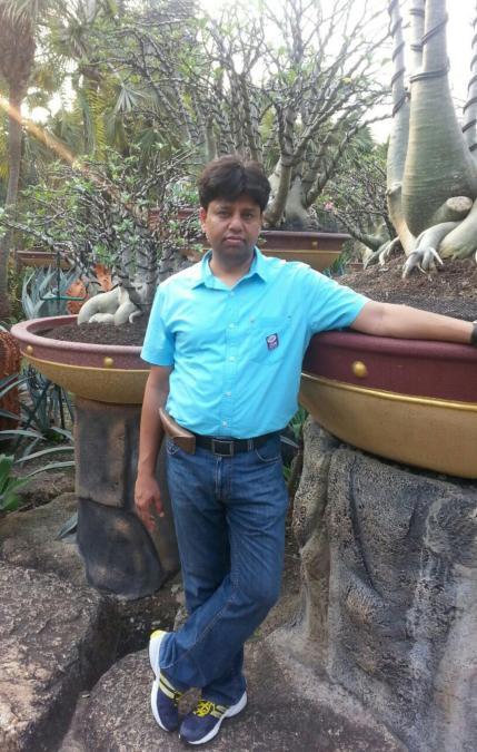 mukesh, 37, New Delhi, India