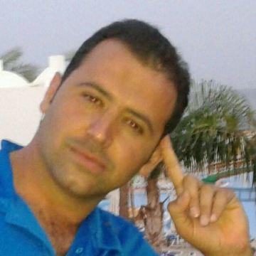 Ahmed Mobarak, 38, Bishah, Saudi Arabia