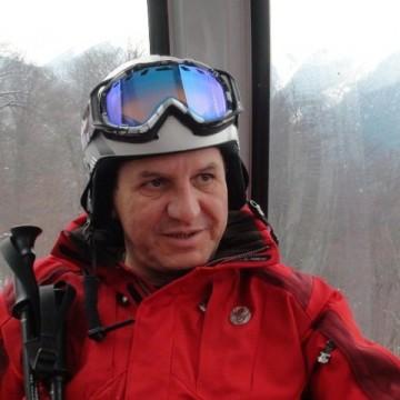 morgan irwin, 54, Frankfort, United States