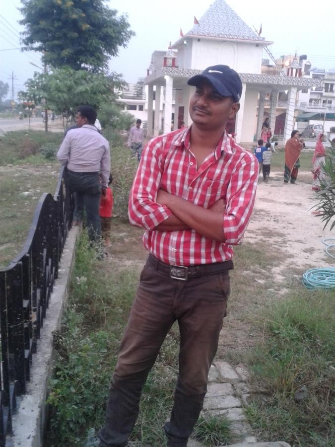 sonu, 29, Lucknow, India