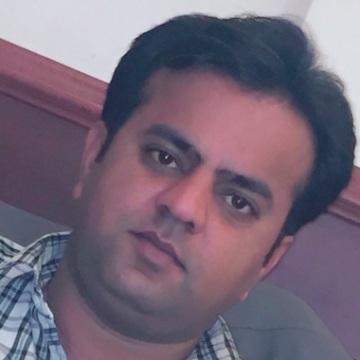 Altaf, 35, Hyderabad, Pakistan