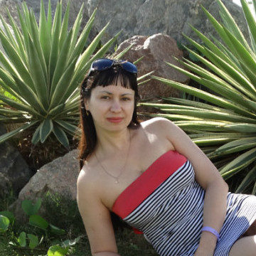 Julia Maksimenko, 35,