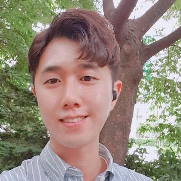 신정훈, 32, Seoul, South Korea
