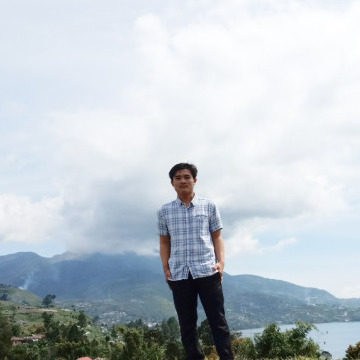 enggie,, 19, Padang, Indonesia