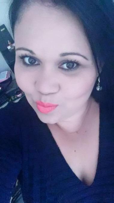Erika Martins, 20, Londrina, Brazil