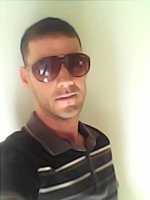 Fuego  Brahim, 36, Oran, Algeria