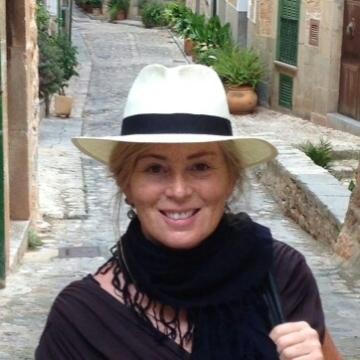 Sharon Rivas, 37, Dakar, Senegal