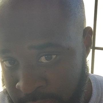 Reu, 29, Windhoek, Namibia