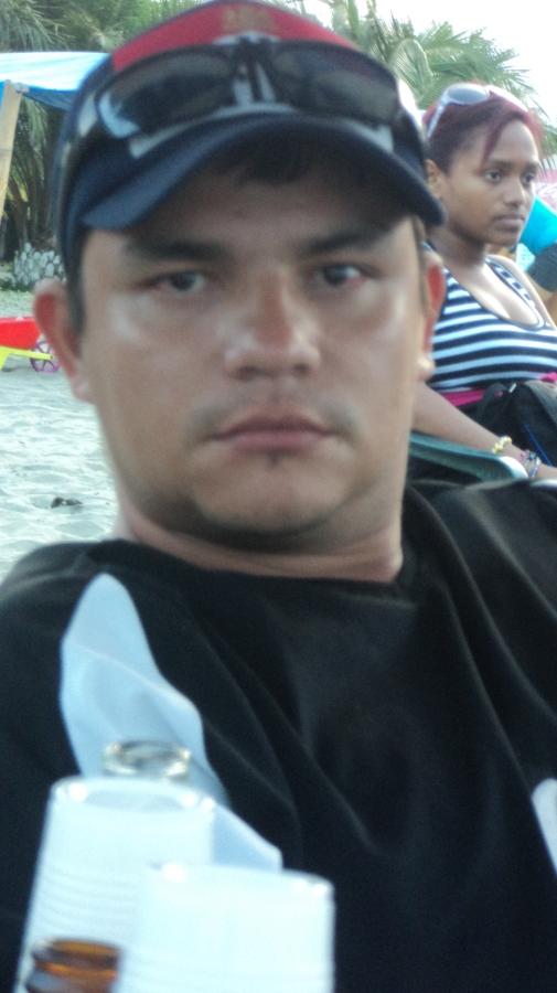 Carlos Quintero, 35, Palmira, Colombia