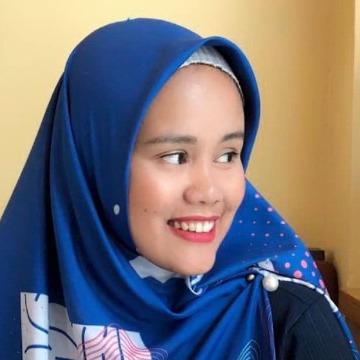 Maya Damayanti, 30, Jakarta, Indonesia