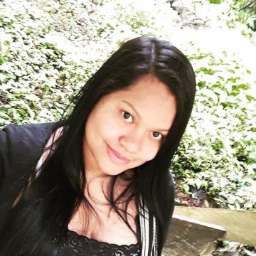 Elizabeth, 29, Medellin, Colombia