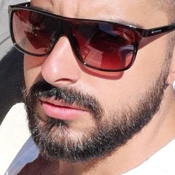 Ali Albadri, 28, Istanbul, Turkey