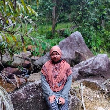 Ain, 22, Marang, Malaysia