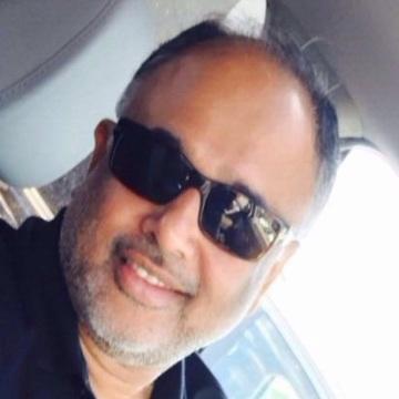 Sal, 57, Mumbai, India