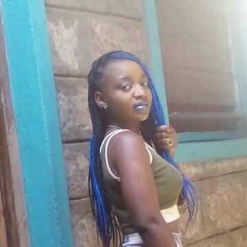 Sarra, 23, Nairobi, Kenya
