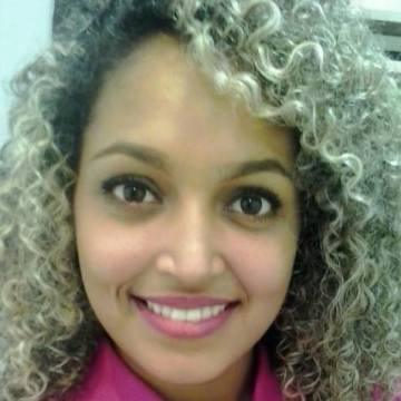 Adriana Santos, 24, Petrolina, Brazil