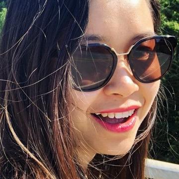 Anne, 25, Vancouver, Canada