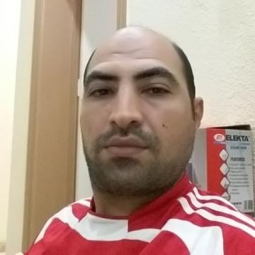 Omar, 42, Jeddah, Saudi Arabia
