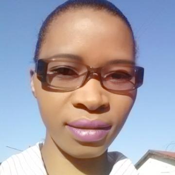Clau, 36, Lusaka, Zambia