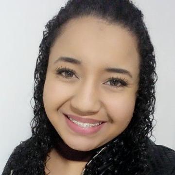 Gabriela Lopes, 22, Gaspar, Brazil