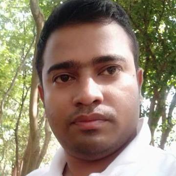 Nahian, 30, Dhaka, Bangladesh