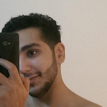 Aziz Hg, 30, Jeddah, Saudi Arabia