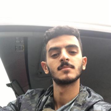 Shehab, 23, Bishah, Saudi Arabia