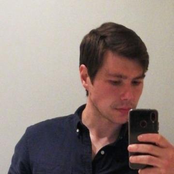 Tom Cripps, 32, Calgary, Canada