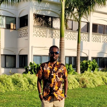 Mohamed, 36, Nairobi, Kenya