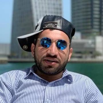 Naveed, 32, Sharjah, United Arab Emirates