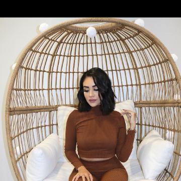 Selene, 25, Dubai, United Arab Emirates
