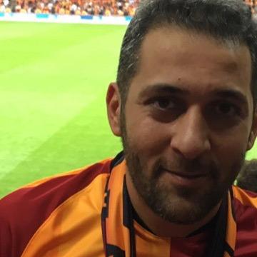 Talip, 36, Istanbul, Turkey