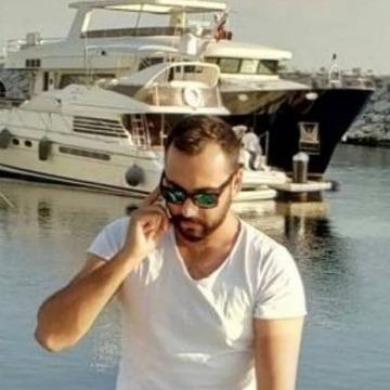 Erbil Yıldız, 31, Istanbul, Turkey