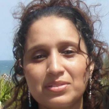 Zaina Suca, 43, Maputo, Mozambique